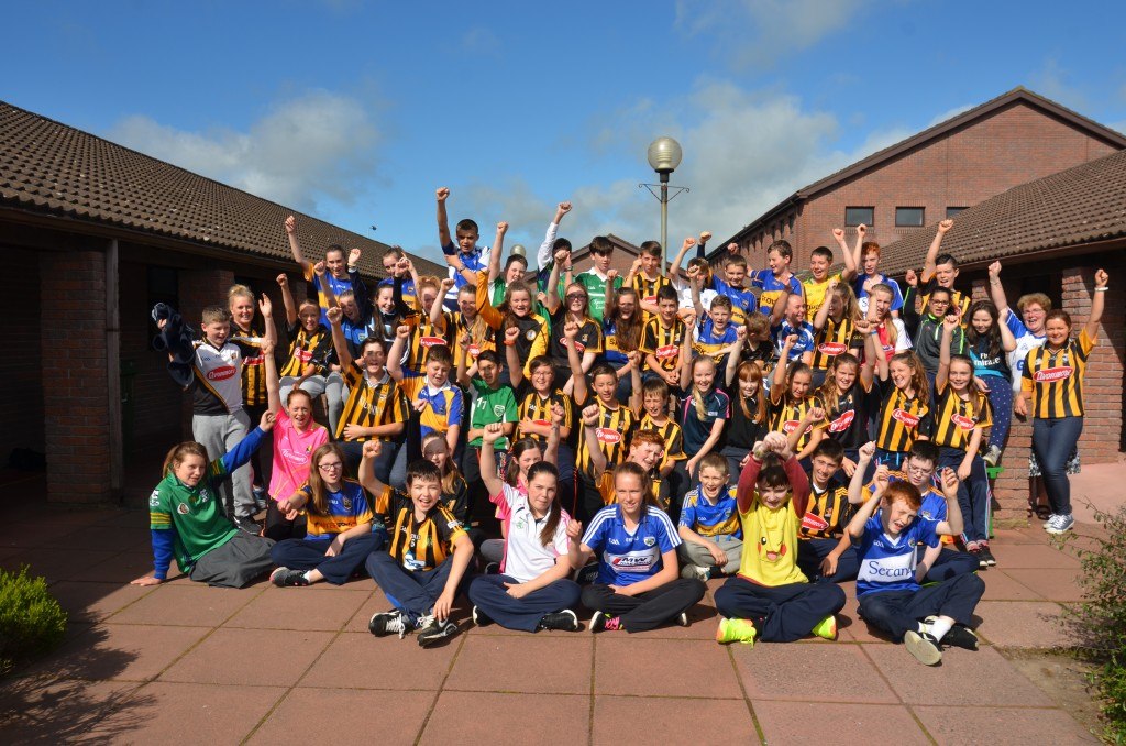 1st Year Students enjoying Jersey Day 2016 @ Coláiste Mhuire Johnstown ahead of the All-Ireland Hurling Final