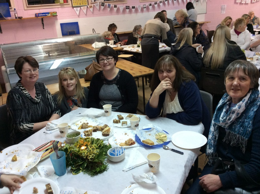 Mary Burke (Gortnahoe), Eileen Looby (Urlingford), Paula O'Brien (Borrismore), Teresa McGinn & Breda Dunphy (Clontubrid) sample the food during the Cookery Demo @ Coláiste Mhuire